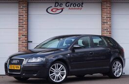 Audi A3 Sportback 1.6 FSI Attraction Climate/Cruise/PDC